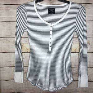 Abercrombie & Fitch - Henley Striped Top